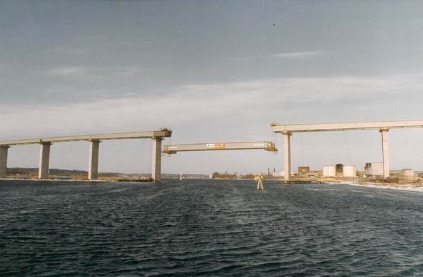 Lifting of Bridge Section - Gothenburg, Sweden
